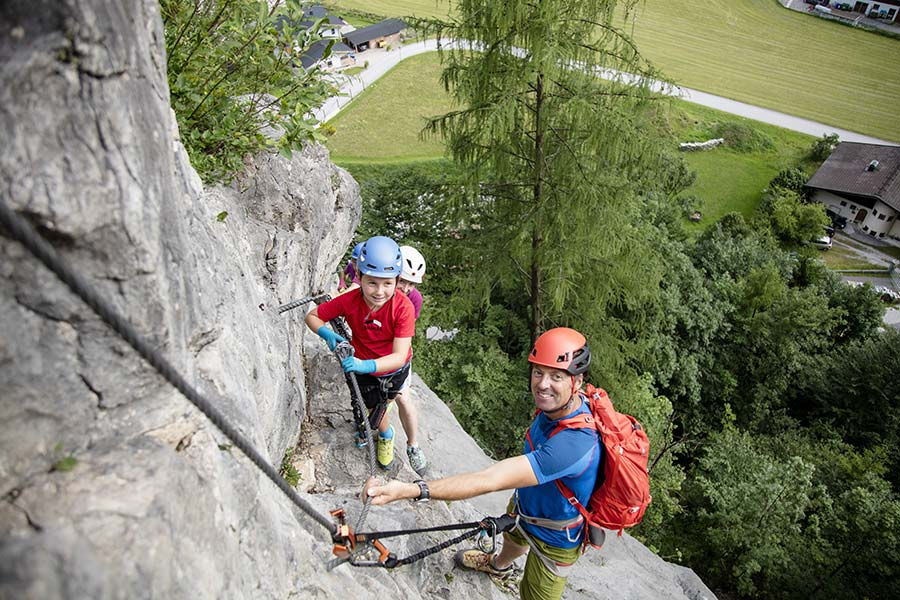 Klettersteig Uk : Klettern klettersteige im pillerseetal
